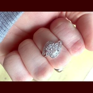 Size 5 silver ring with cubic zirconia